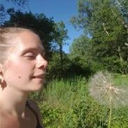 Acupuncturist Dawn Pivec